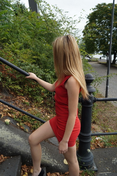 escort hamm hausfrauen in high heels
